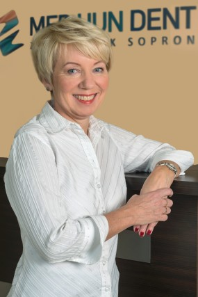 Leyné Prikaszky Alice - Recepciós